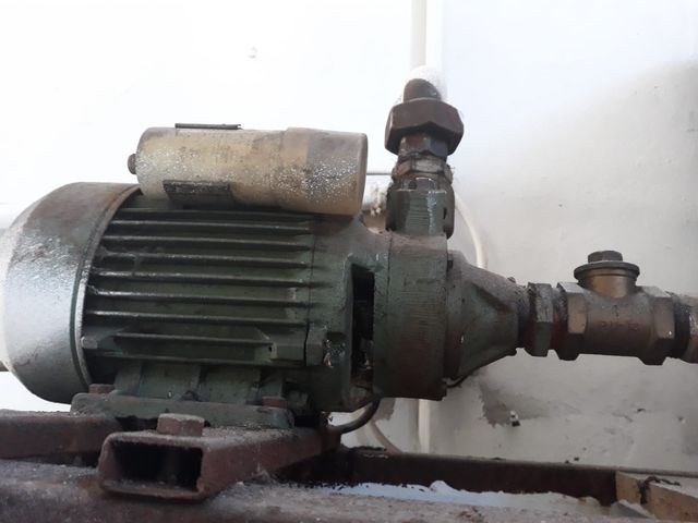 Bomba De Agua Con Depósito