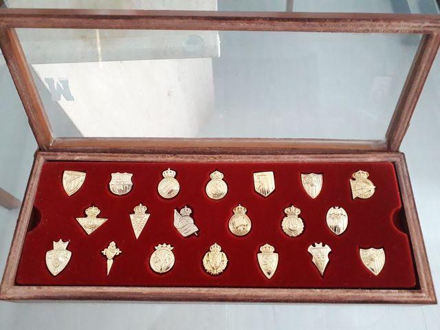 Insignias Pines Oro Liga Fútbol 2003-200