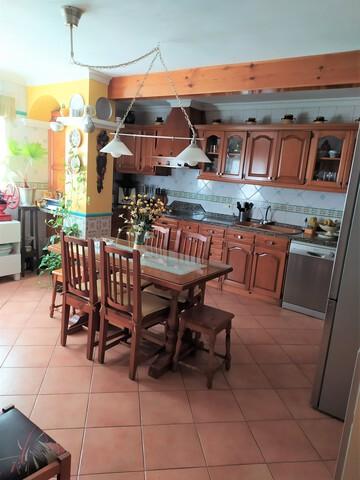 - .  REF: N546.  GRAN CASA EN EL TOMILLAR - foto 4