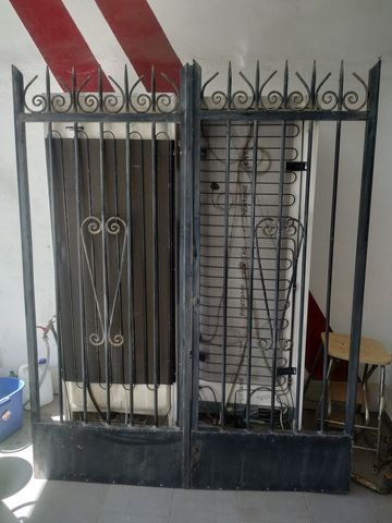 Puerta De Hierro Doble Hoja Exterior