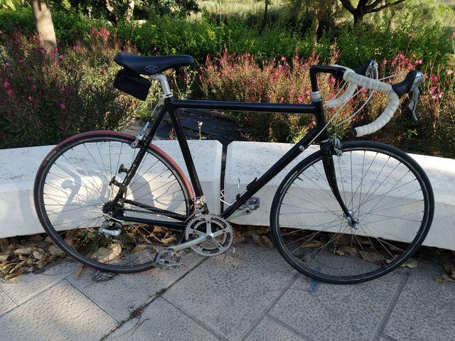 Bicicleta De Carretera Negra Aluminio