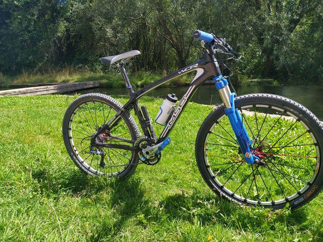 Bicicleta De Montaña Full Carbono S