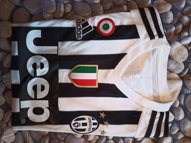 Camiseta De Pirlo En La Juventus.