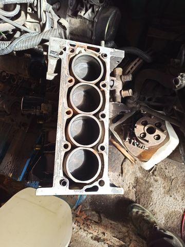 MOTORES DE 205 GTI VOLCANE - foto 3