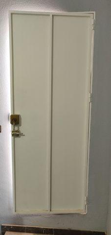 2 Puertas De Hierro Con Bastidor