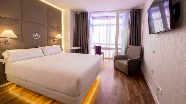 VENDO HOTEL Y CON 9% RENTABILI 7. 500. 000 - foto 1