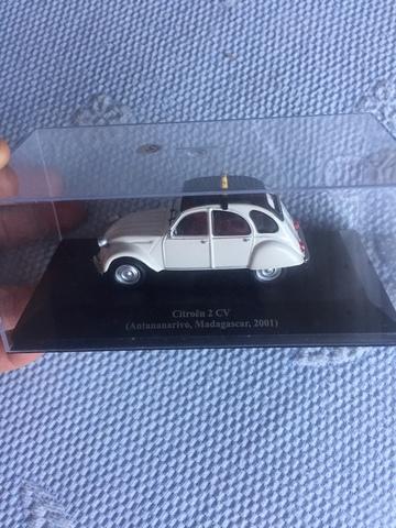 Miniatura Citroen 2 Cv