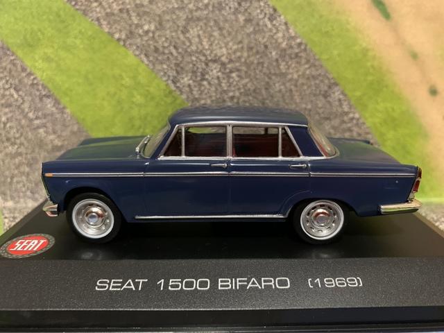 Seat 1500 Bifaro (1969) Escala 1/43