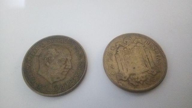Dos Monedas De 2,50