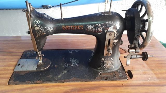 Máquina De Coser Gritzner