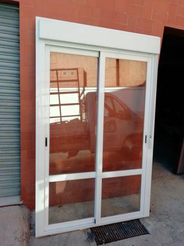 Puerta Aluminio Corredera