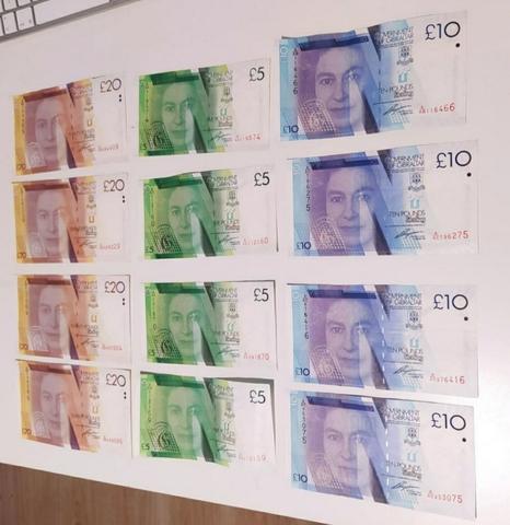 Billetes O Monedas De Gibraltar