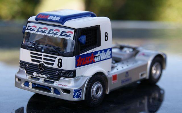 Camion Mercedes Truck Racing 3 Escala 1: