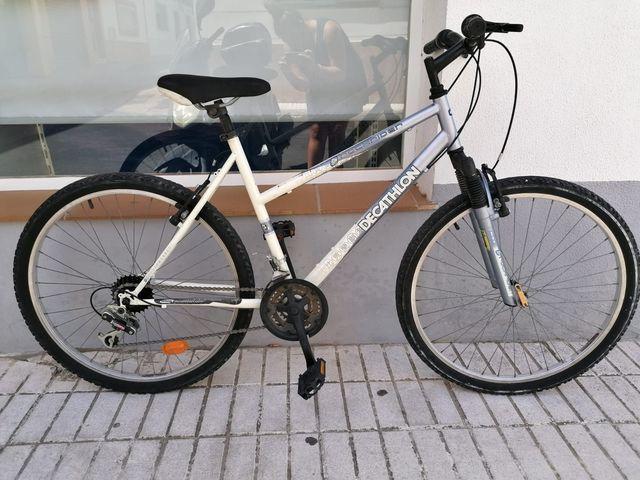 Bicicleta Decathlon-Rockrider