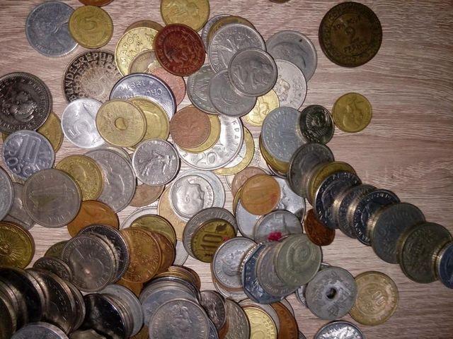 Lote 250 Monedas Del Mundo.