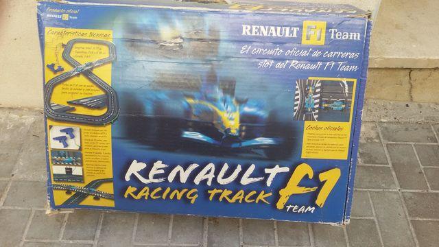 Scalextric Renault Formula 1 Team