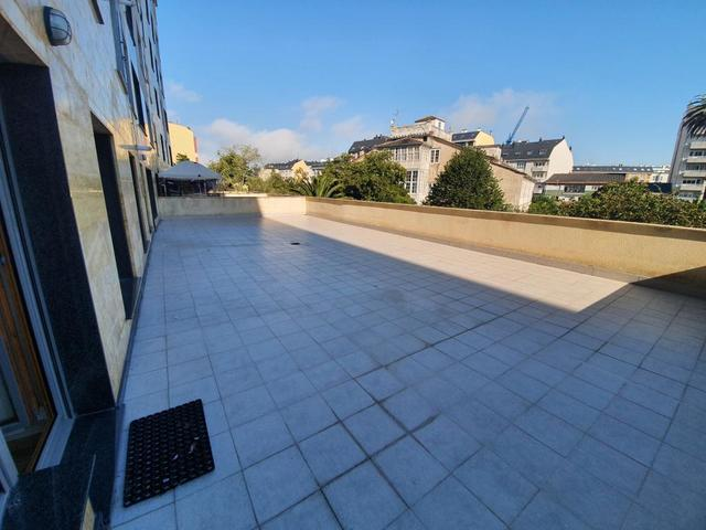 GRAN PISO CON GRAN TERRAZA EN RIBADEO - foto 9