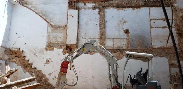 EXCAVACION,  MOV.  DE TIERRAS,  DERRIBO.  - foto 4