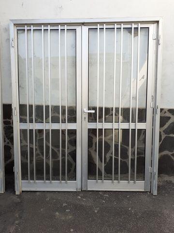 Vendo Puertas De Aluminio