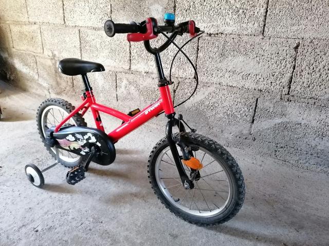 Bicicleta Con Ruedines Btwin
