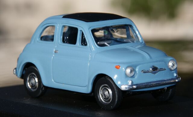 Fiat 500 Escala 1:43 De Del Prado En Caj