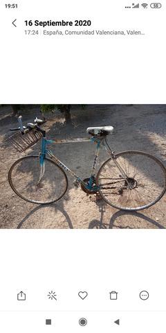 Bicicleta Clásica De Carretera A Restaur