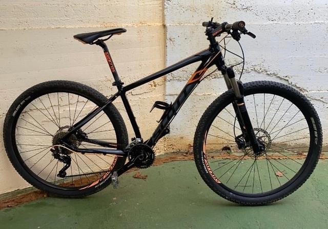 Bicicleta Scott Montaña