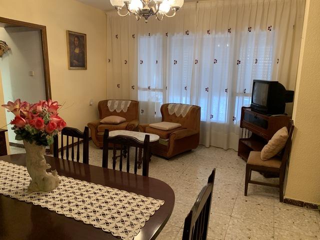PISO ZONA AVENIDA DE LINARES - foto 1