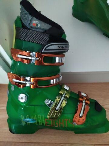 Botas De Esqui Y Esquis