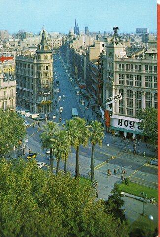 Barcelona Nº2290 Calle Pelayo Y Detalle
