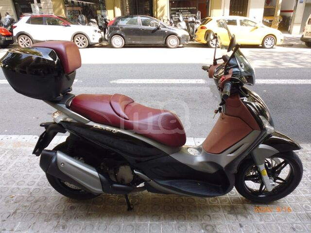 PIAGGIO - BEVERLY SPORT TOURING 350 IE ABS - foto 5