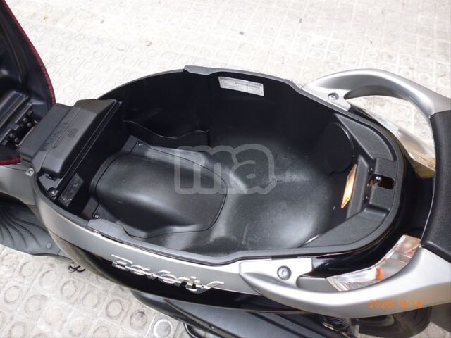 PIAGGIO - BEVERLY SPORT TOURING 350 IE ABS - foto 8