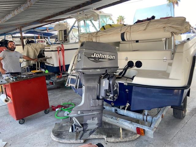 JOHNSON 70 HP- 2 TIEMPOS - foto 9