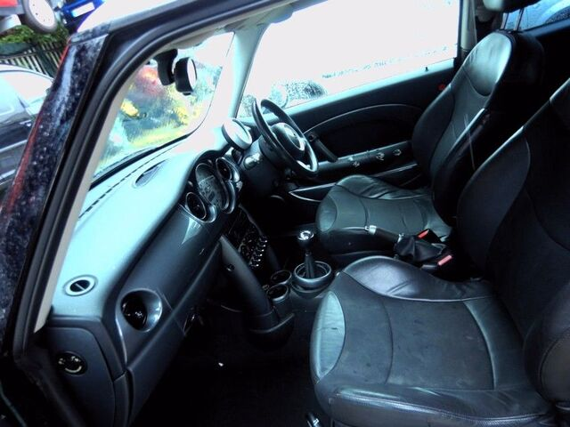 Despiece De Interior Mini R53 W10B16A 20