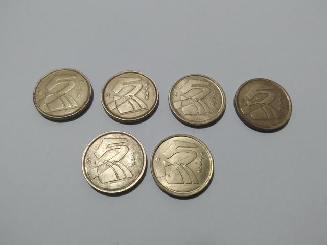 6 Monedas De 5 Pesetas.