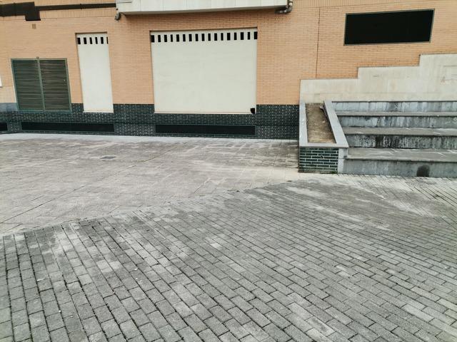 LOCAL ZONA LOS PRADOS REF5228 - foto 9
