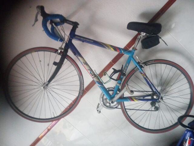 Vendo Bicicleta Bh De Carretera