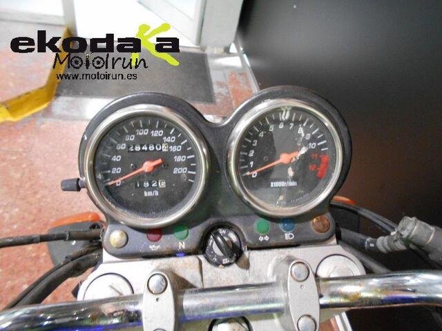 SUZUKI GS 500 - foto 5