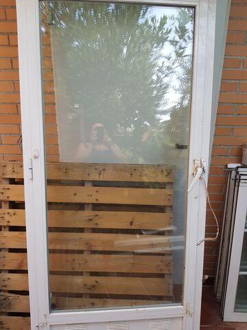 Puerta De Cristal De Interior /Exterior