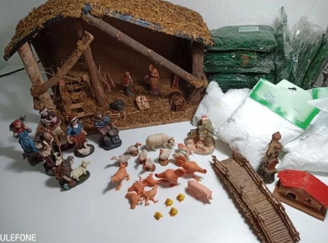 Lote Antiguo Portal De Belén De Navidad