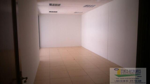 ALQUILER OFICINA EDIFICIO EXCLUSIVO - foto 4