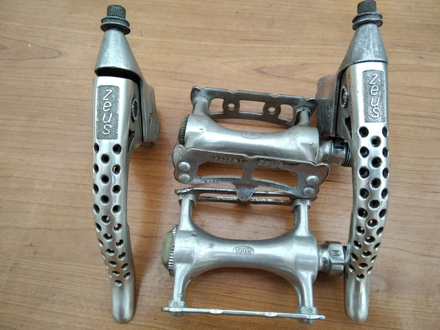 Componentes Zeus Bicicleta Carretera