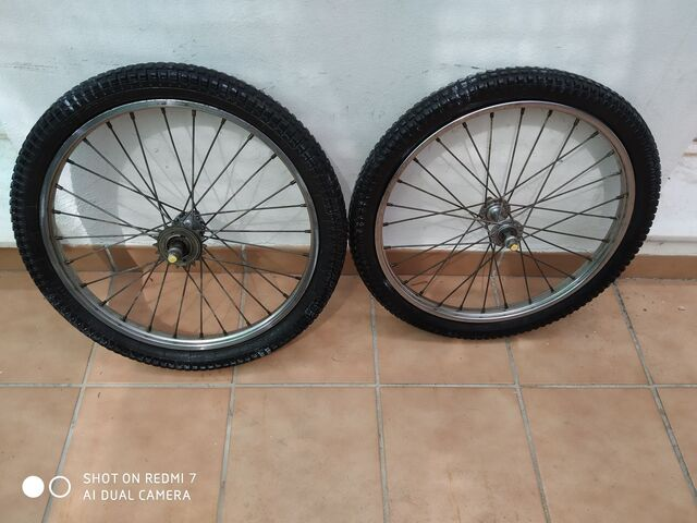 Ruedas Pirelli 20 Bicicleta Bmx