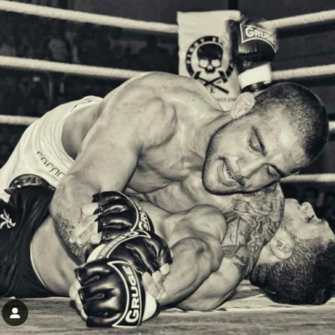 ARTES MARCIALES,  BOXEO,  JIU-JITSU,  MMA.  - foto 2