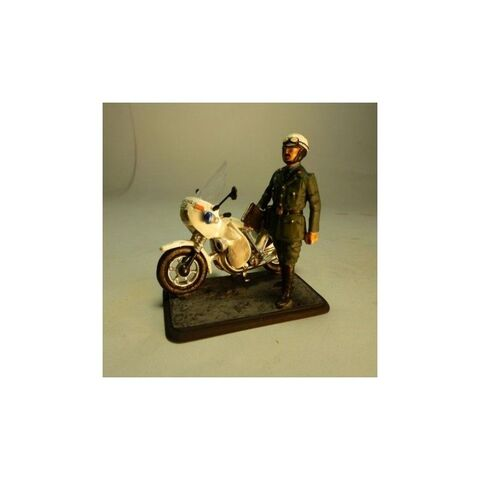 Maqueta Guardia Civil De Trafico Antiguo