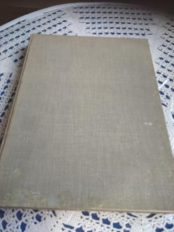 Libro Antiguo De Plantas De Jardín
