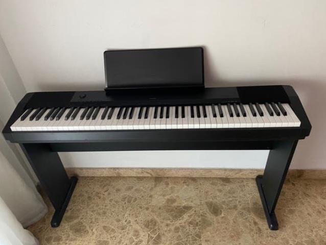 VENDO PIANO EN PERFECTO ESTADO - foto 1