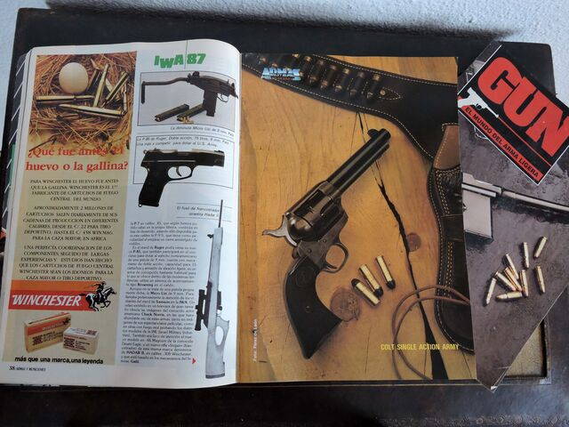 REVISTA ARMAS Y MUNICIONES Y GUN - foto 2