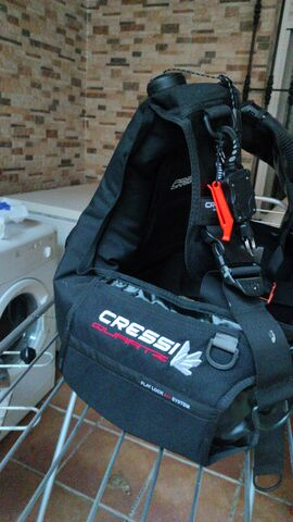 Equipo Buceo Cressi