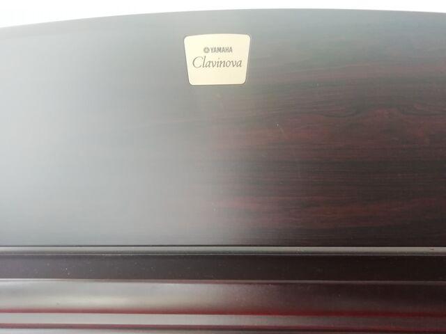SE VENDE PIANO YAMAHA CLAVINOVA - foto 4